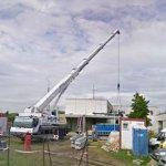 Crane lifting (StreetView)