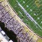 Cal vs Arizona college football game in progress at University of California Berkeley (Google Maps)