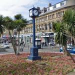 Clock in roundabout (StreetView)