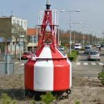 Buoy in roundabout