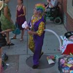 Balloon artist (StreetView)