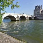 Pont Royal (StreetView)