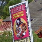 Circus ad (StreetView)