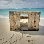 Pillbox (Midway Island) (StreetView)