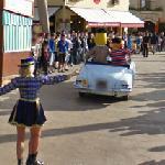 PortAventura parade (StreetView)