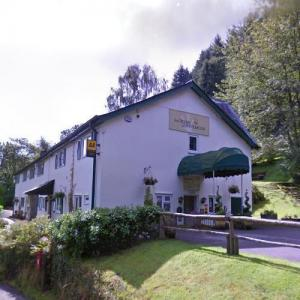 The Crown at Whitebrook (StreetView)