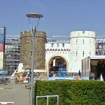"""The Construction of """"Snow White And The Huntsman"""" Castle (StreetView)"""
