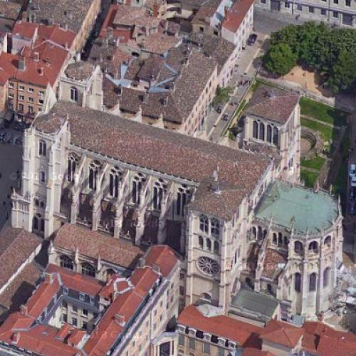Cathédral Saint-Jean (Google Maps)