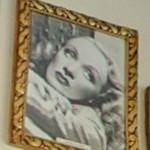 Marlene Dietrich (StreetView)