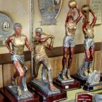 Sports figurines (StreetView)