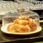 Croissants (StreetView)