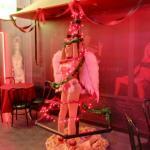 Erotic Christmas tree (StreetView)
