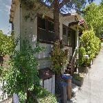 Kat Dennings' House (StreetView)