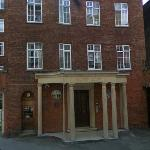 Joan Sims' Apartment (Former) (StreetView)