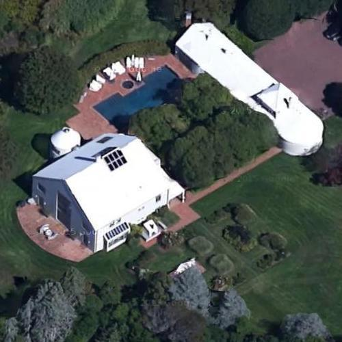 steven spielberg 39 s house in east hampton ny google maps. Black Bedroom Furniture Sets. Home Design Ideas
