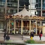 Carrousel Jules Verne à la Défense (StreetView)
