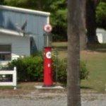 Antique gas pump (StreetView)