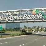 Welcome to Daytona Beach (StreetView)
