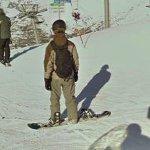 Snowboarder (StreetView)