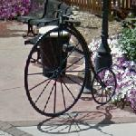 Penny farthing bicycle (StreetView)