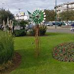 Windmill in a Roundabout (StreetView)