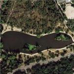 Bois de Boulogne - Lake St James (Google Maps)