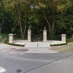 Entrance to the abandoned Knollwood Estates (StreetView)