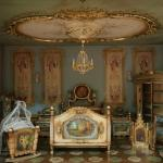 Room in a doll house (StreetView)