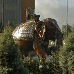 Elephant sculpture (StreetView)