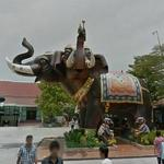 Giant elephant sculpture (StreetView)