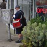 Mailman on foot (StreetView)