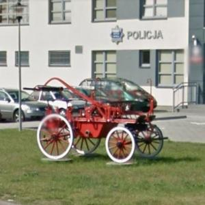 Antique horse-drawn fire truck (StreetView)
