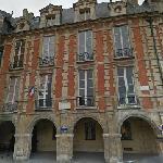 Victor Hugo's House (StreetView)