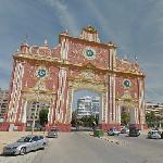 """""""Feria de Abril"""" gate"""