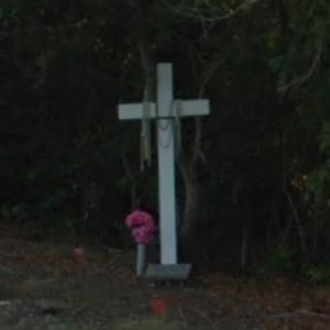 Jayne Mansfield roadside memorial (StreetView)