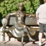 Statue of Lucille Ball (StreetView)