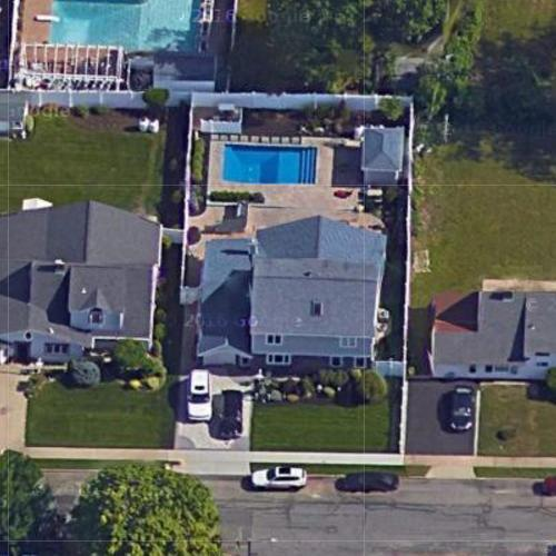 Long Island Medium Location
