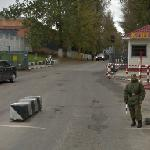 Checkpoint to the closed city of Vlasikha (StreetView)