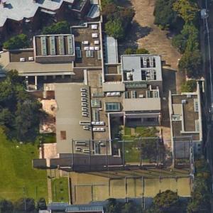 Tadashi Yanai's House (Google Maps)