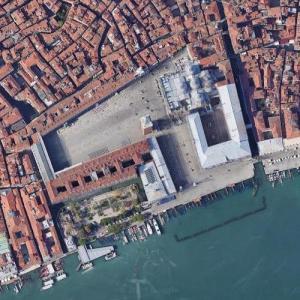Basilica San Marco (Google Maps)