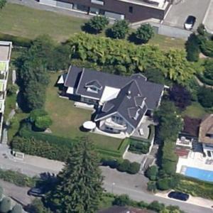 Mikhail Khodorkovsky's House (Google Maps)
