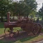 Antique Tractor (StreetView)