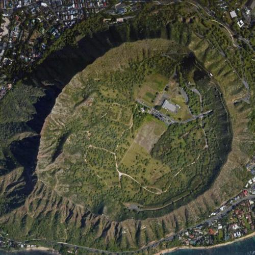 Diamond Head State Monument (Google Maps)