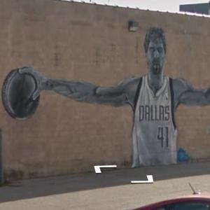 Dirk Nowitzki mural (StreetView)