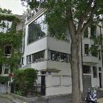 'Maison-atelier du peintre Amédée Ozenfant' by Le Corbusier (StreetView)