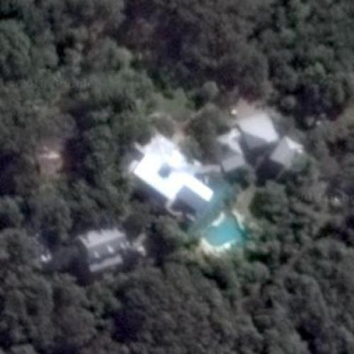 Chris Hemsworth's Hous...