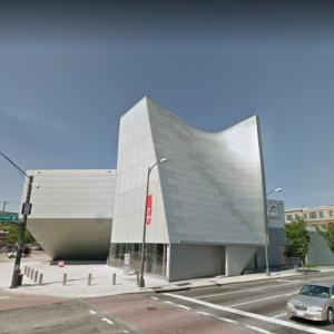 'Institute for Contemporary Art' by Steven Holl (StreetView)