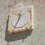 Sundial in Urueña (StreetView)