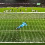 Penalty kick by Zlatan Ibrahimović.....GOAL (StreetView)