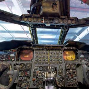 B-52 cockpit (StreetView)